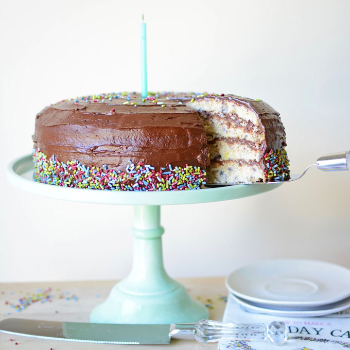 All-Natural Funfetti Cake – 1ST BLOGIVERSARY!