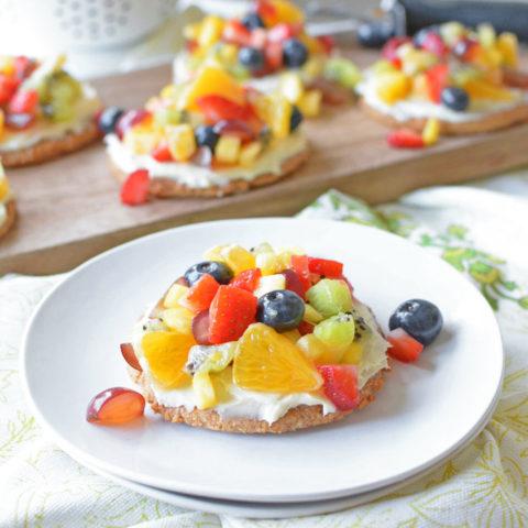Healthy Mini Fruit Pizzas