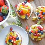 healthy-mini-rainbow-fruit-pizzas