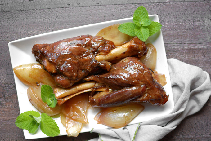 Slow Cooker Honey Balsamic Lamb Shanks