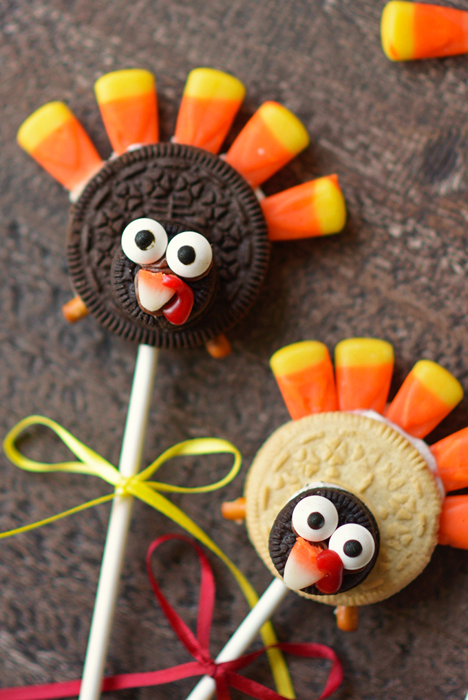 No Bake Turkey Cookie Pops