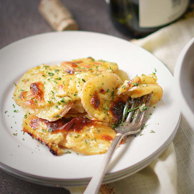 Cheddar Parmesan Scalloped Red Potatoes