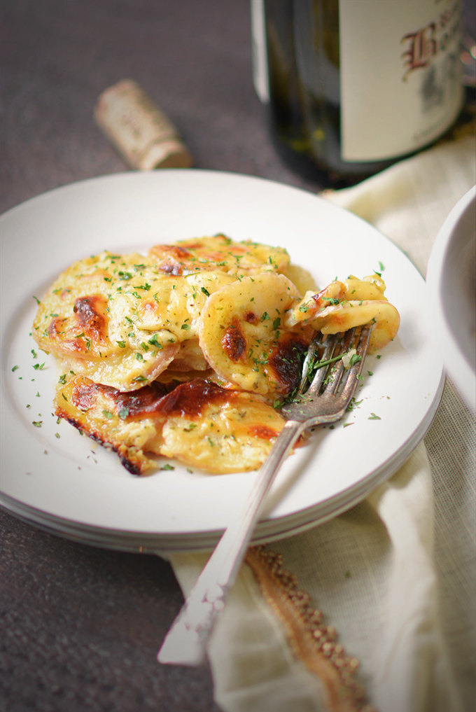 Cheddar Parmesan Scalloped Red Potatoes