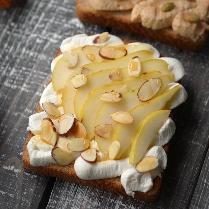 Pear and Toasted Almond Vanilla Ricotta Toast