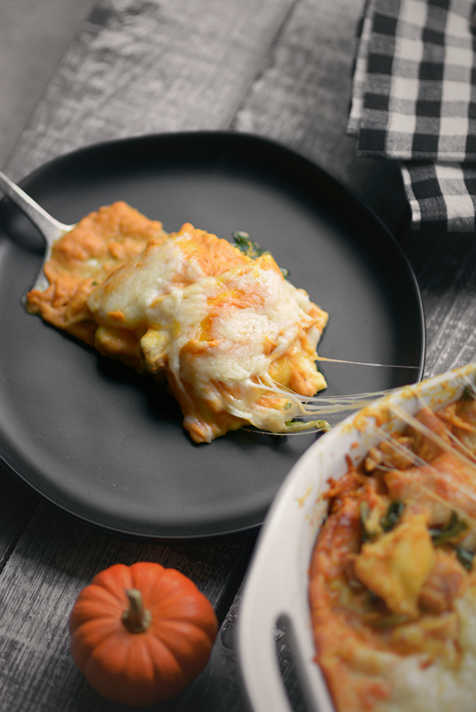 Easy Pumpkin Alfredo Ravioli Bake