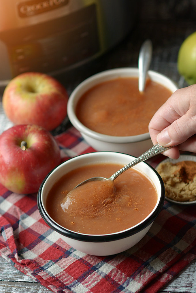 Cinnamon Brown Sugar Slow Cooke Apple Sauce