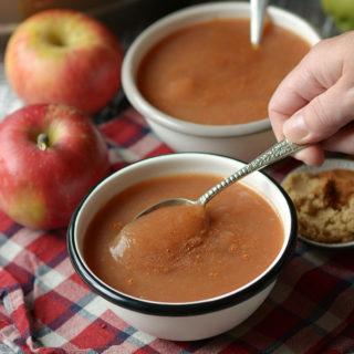 Cinnamon Brown Sugar Slow Cooker Apple Sauce