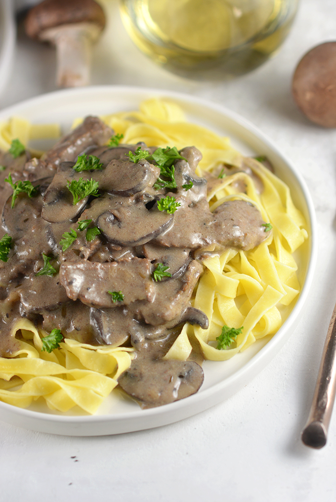 close-up-plate-of-beef-stroganoff
