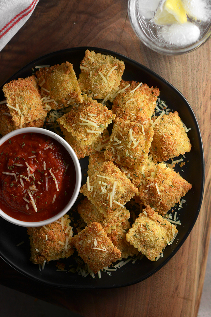 overhead plate of oven baked ravioli dippers