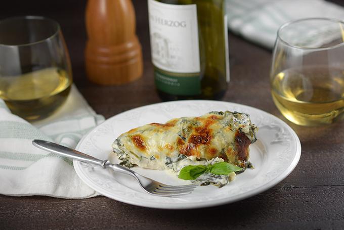 Creamy Mozzarella and Spinach Baked Chicken