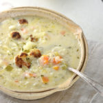 Cheddar Cauliflower and Roasted Garlic Soup